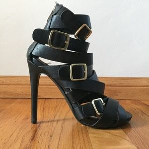 Dollhouse Women's Caged Pumps w/ Gold Buckles 5.5